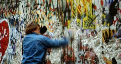 Raphaël Thiémard from Belgique - Berlin 1989, Fall der Mauer, Chute du mur