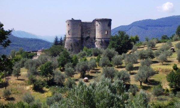 Andar per castelli nell'Alto casertano