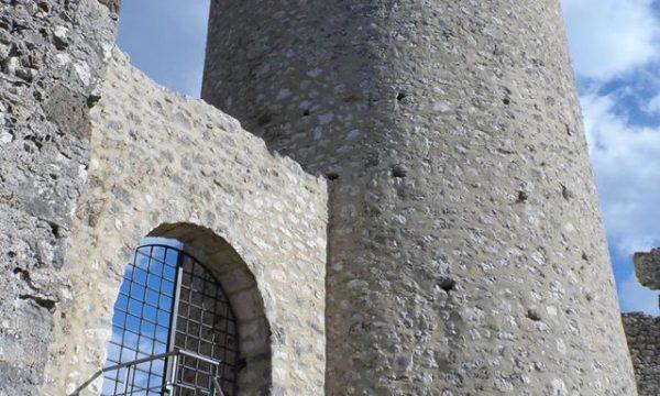 I castelli della Pentria e del Molise