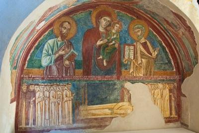 Affresco del 1200 raffigurante il funerale di Malgerio Sorel, in basso a sinistra è raffigurato, secondo qualche storico, Pietro da Morrone, il futuro papa Celestino V.
