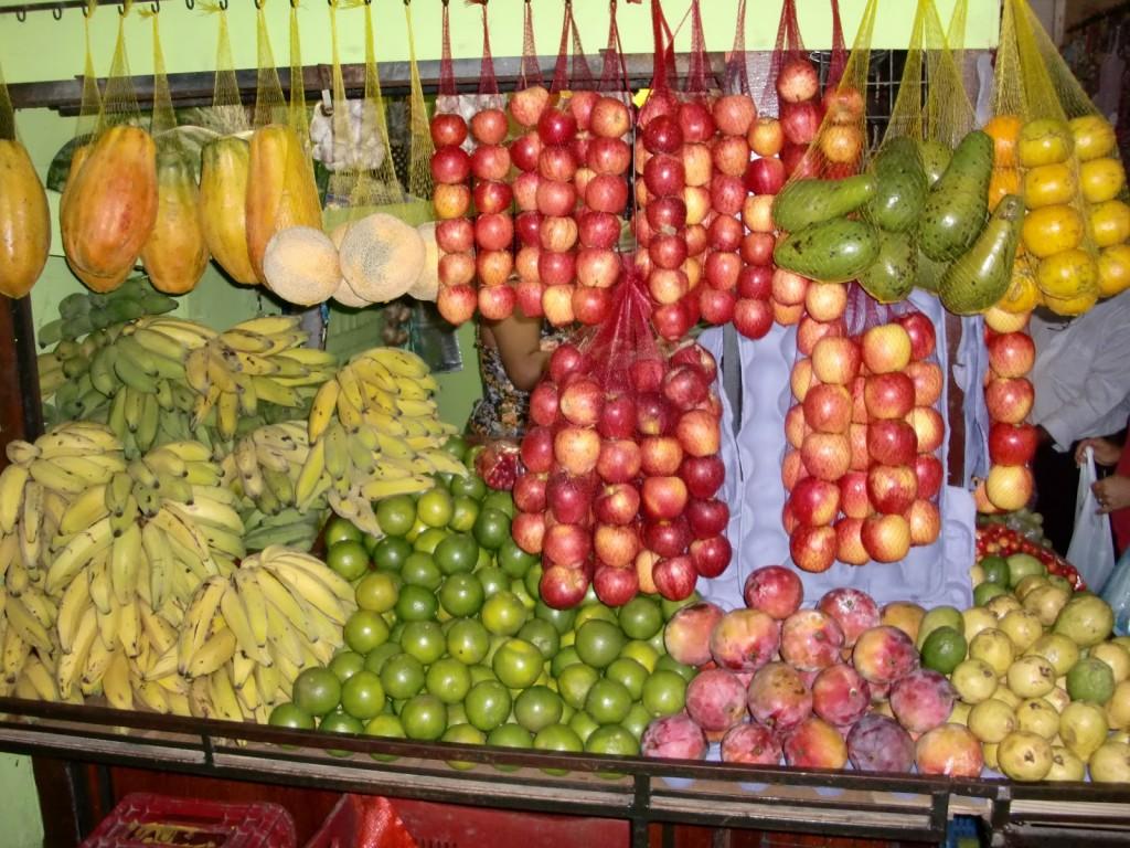 bancarella di frutta a Caucaia