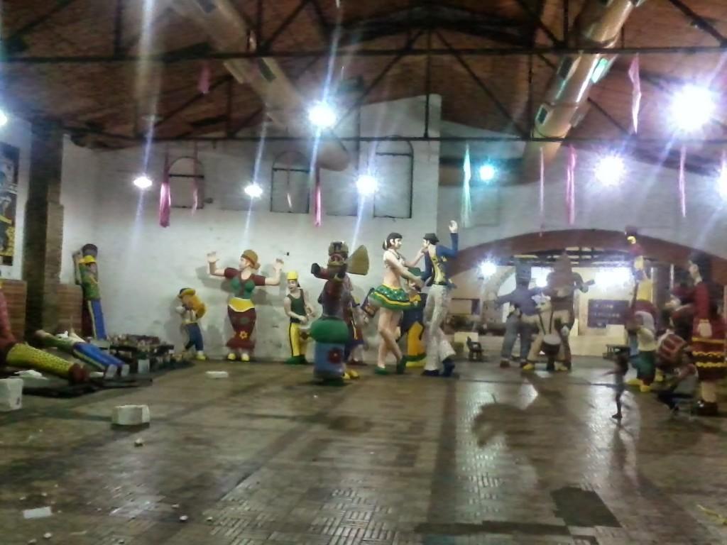 il magazzino dei Bonecos Giganti di Olinda