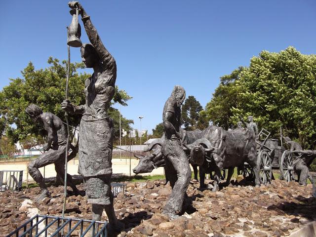 Monumento aos Imigrantes (Praça Achyles Mincarone, Bento Gonçalves)