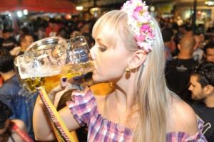 Vola all'Oktoberfest del Brasile con meno di 1000€