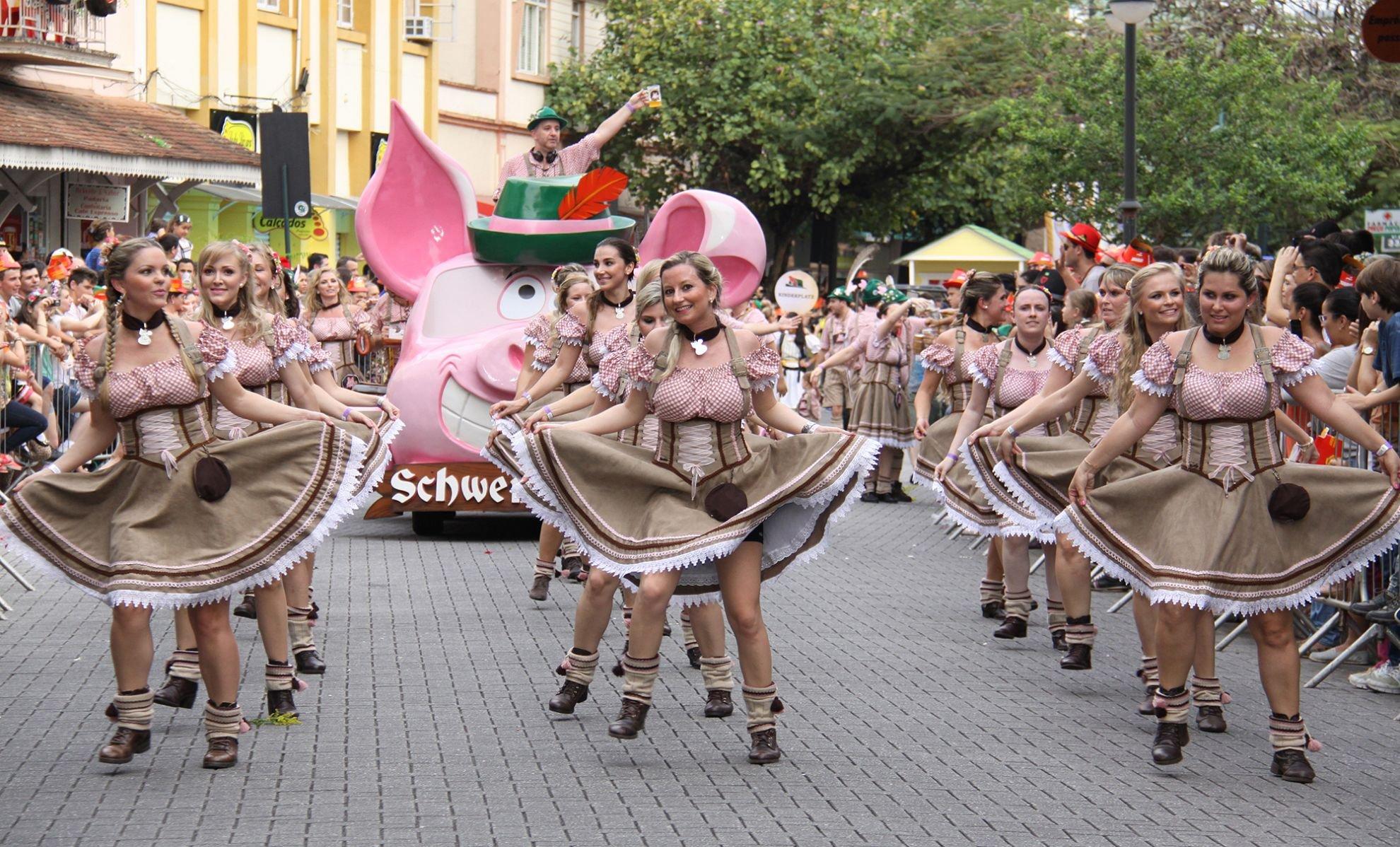 Oktoberfest in Brasile a Blumenau