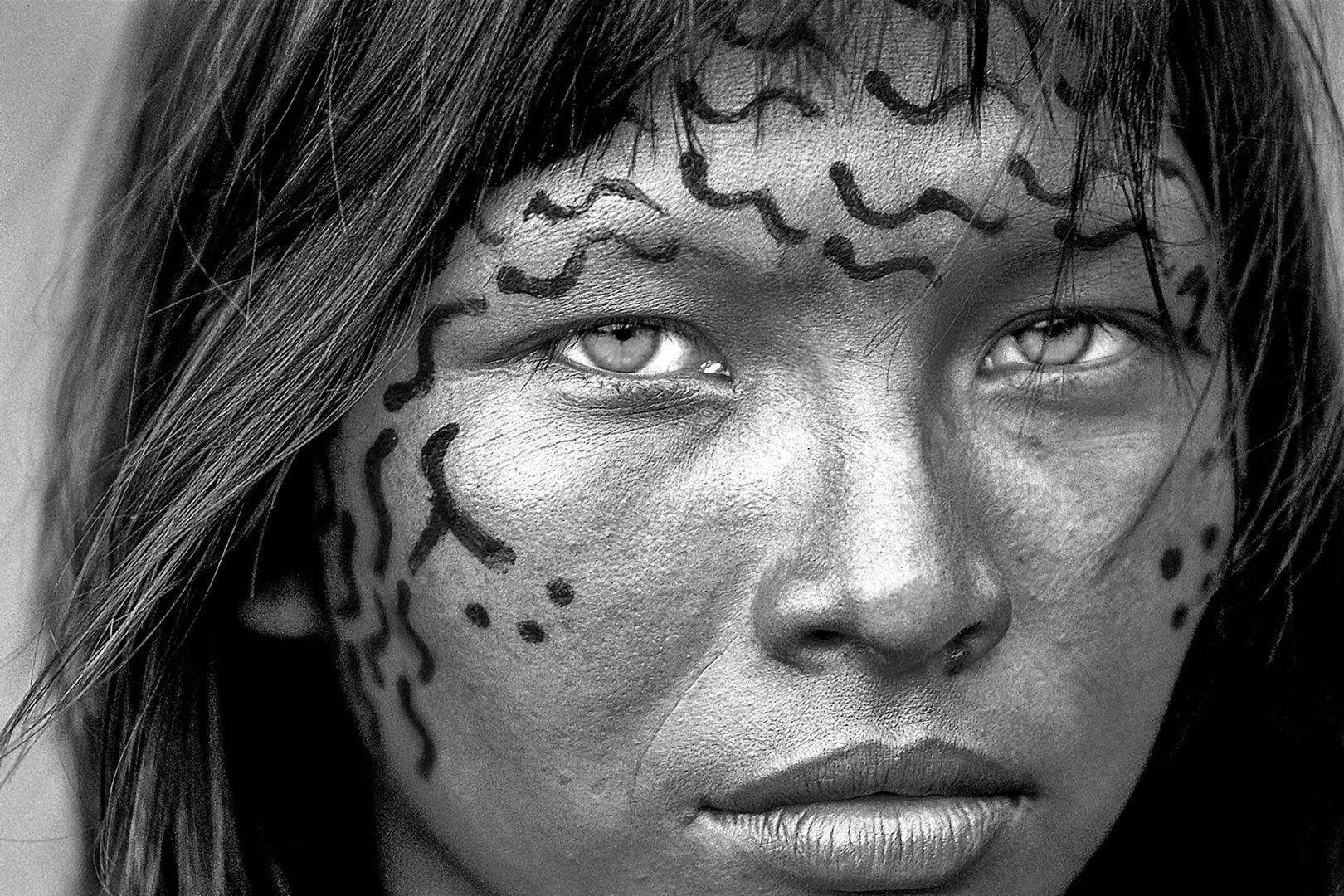 India Yanomami del villaggio di Nazareth Yanomami
