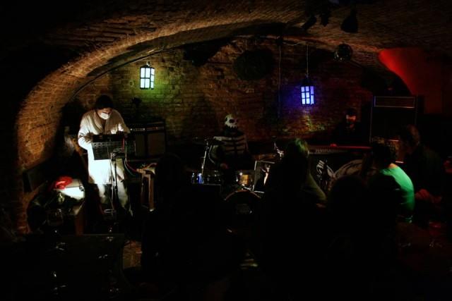 Una ventina di live music bars a bruxelles for Porte noire brussels