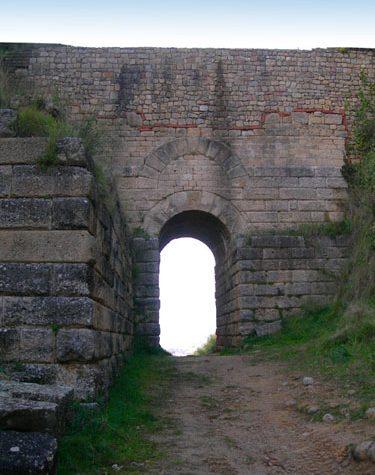 Itinerari cilentani: Velia, l'antica Elea.