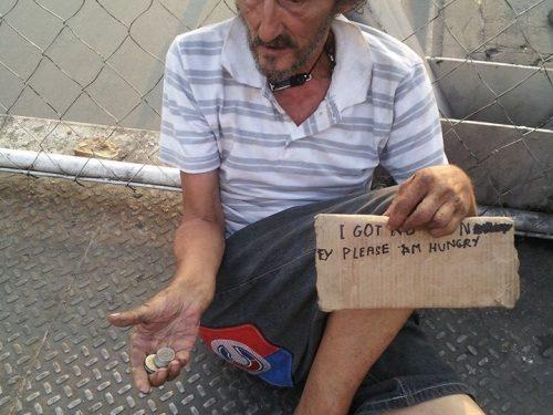 La triste storia del barbone italiano abbandonato a se stesso a Manila: RIPORTIAMOLO A CASA!