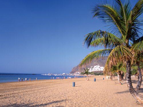 Trasferirsi a Tenerife: l'esperienza di una ragazza di 21 anni