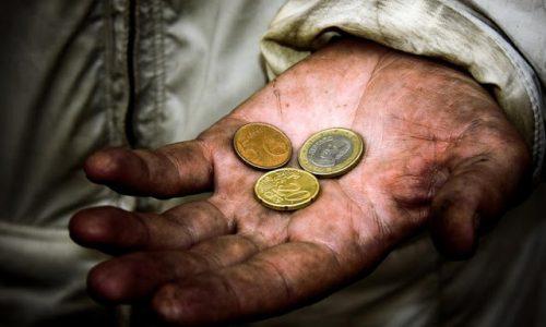 Ritovarsi senza 1 euro a Tenerife: la triste storia di un connazionale