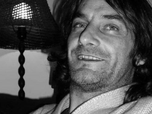 Trovato morto in casa a Tenerife un surfista italiano, mistero sulla causa del decesso
