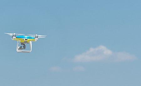 Entrano in servizio i droni per il controllo del traffico e fare multe