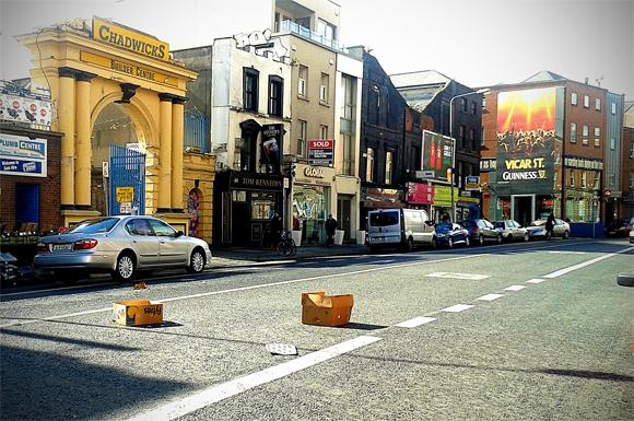 Uno scorcio di Thomas Street, con il Tom Kennedy's e il Vicar street