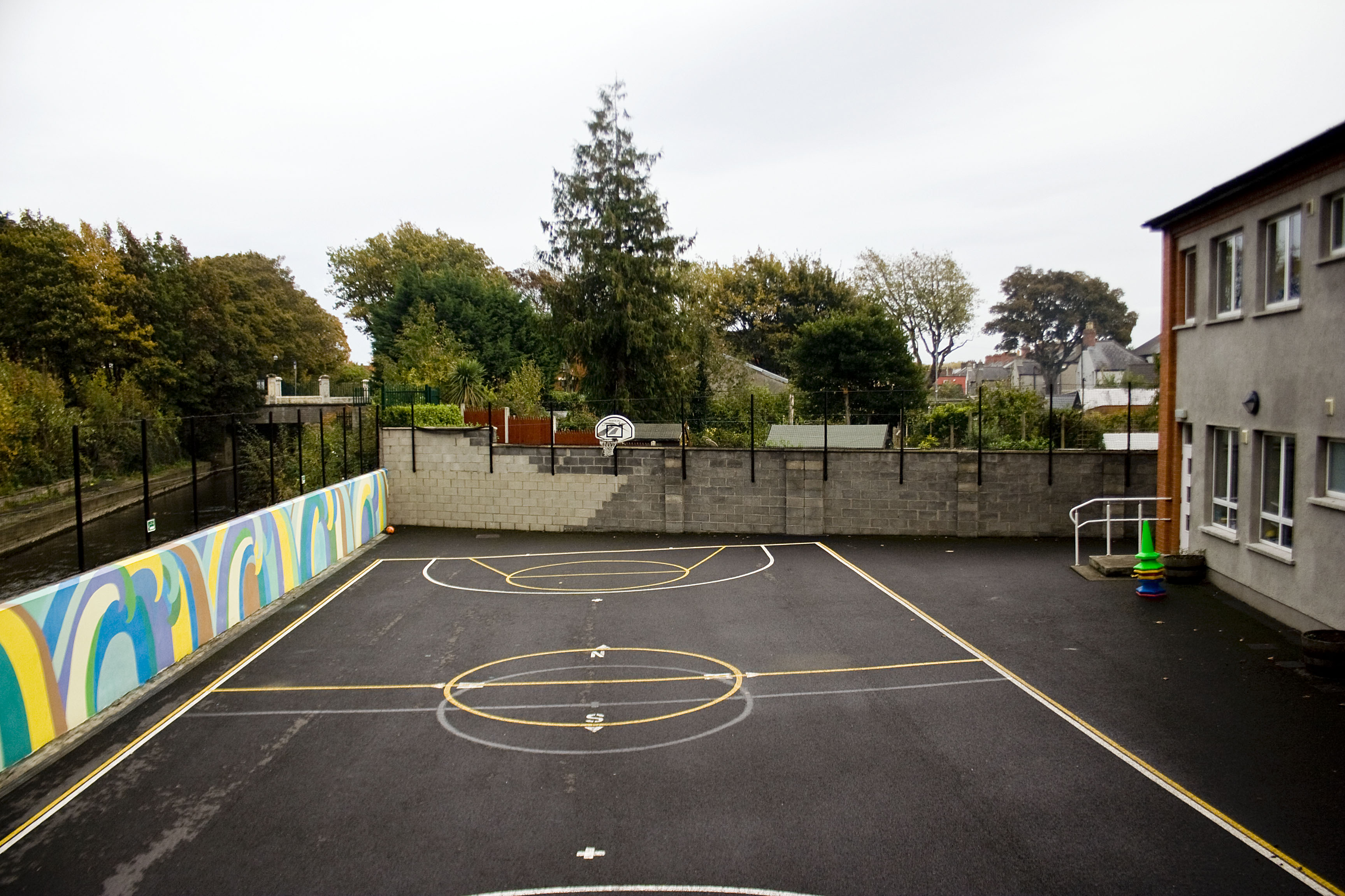 Glasnevin, scuola elementare di Bonovox, nord di Dublino