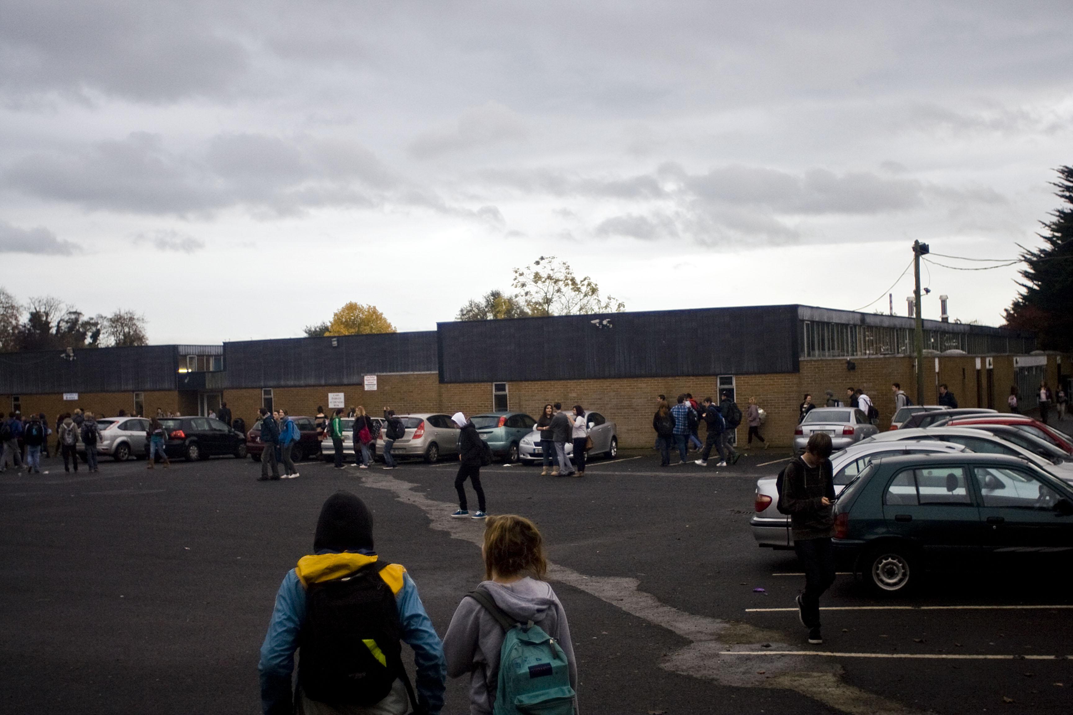 Mount temple comprensive school E' la scuola superiore dove Bonovox ha incontrato i suoi futuri compagni della band si trova a Clontarf nel quartiere a nord est del centro