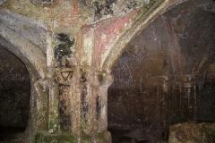 ischia_di_castro_vt_-_eremo_di_poggio_conte_-_pilastri_della_chiesa_-_foto_g._garofoli_10-2009