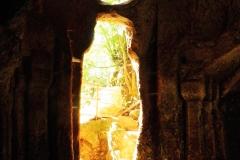 porta dall'interno eremo di poggio conte