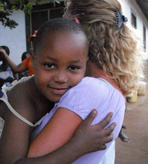 Un giorno qualcuno ti abbraccerà così forte….