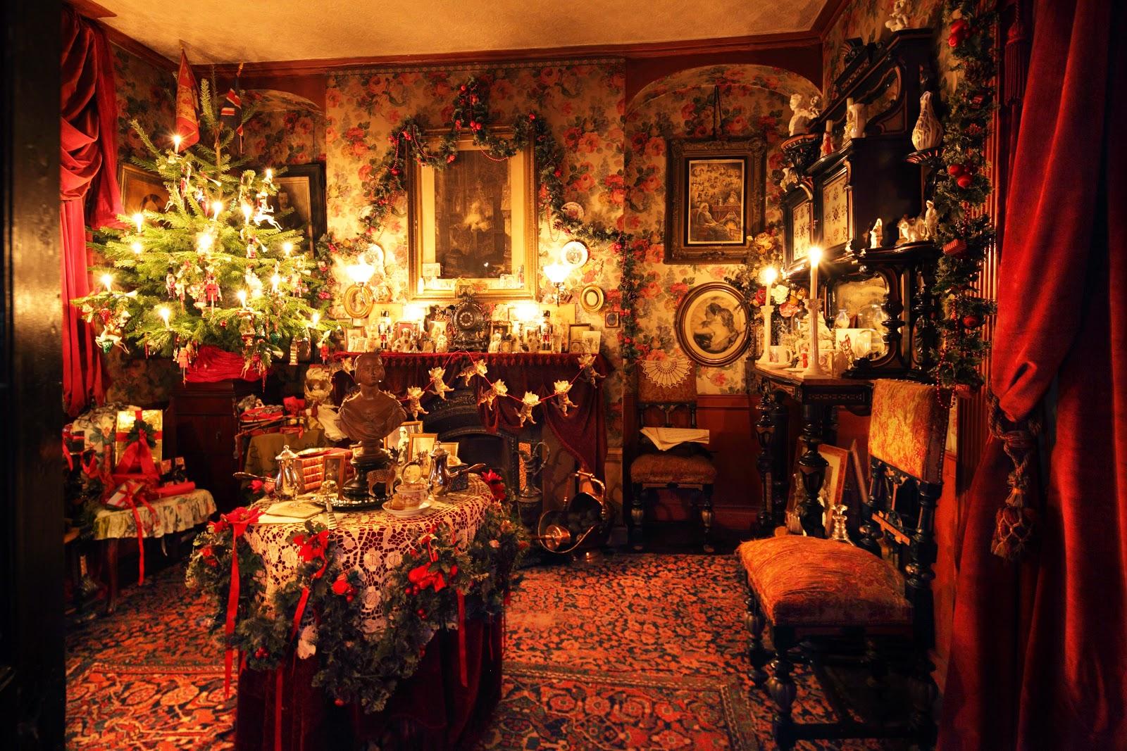 Le decorazioni vittoriane alla Dennis Severs' House. Foto di Roelof Bakker.