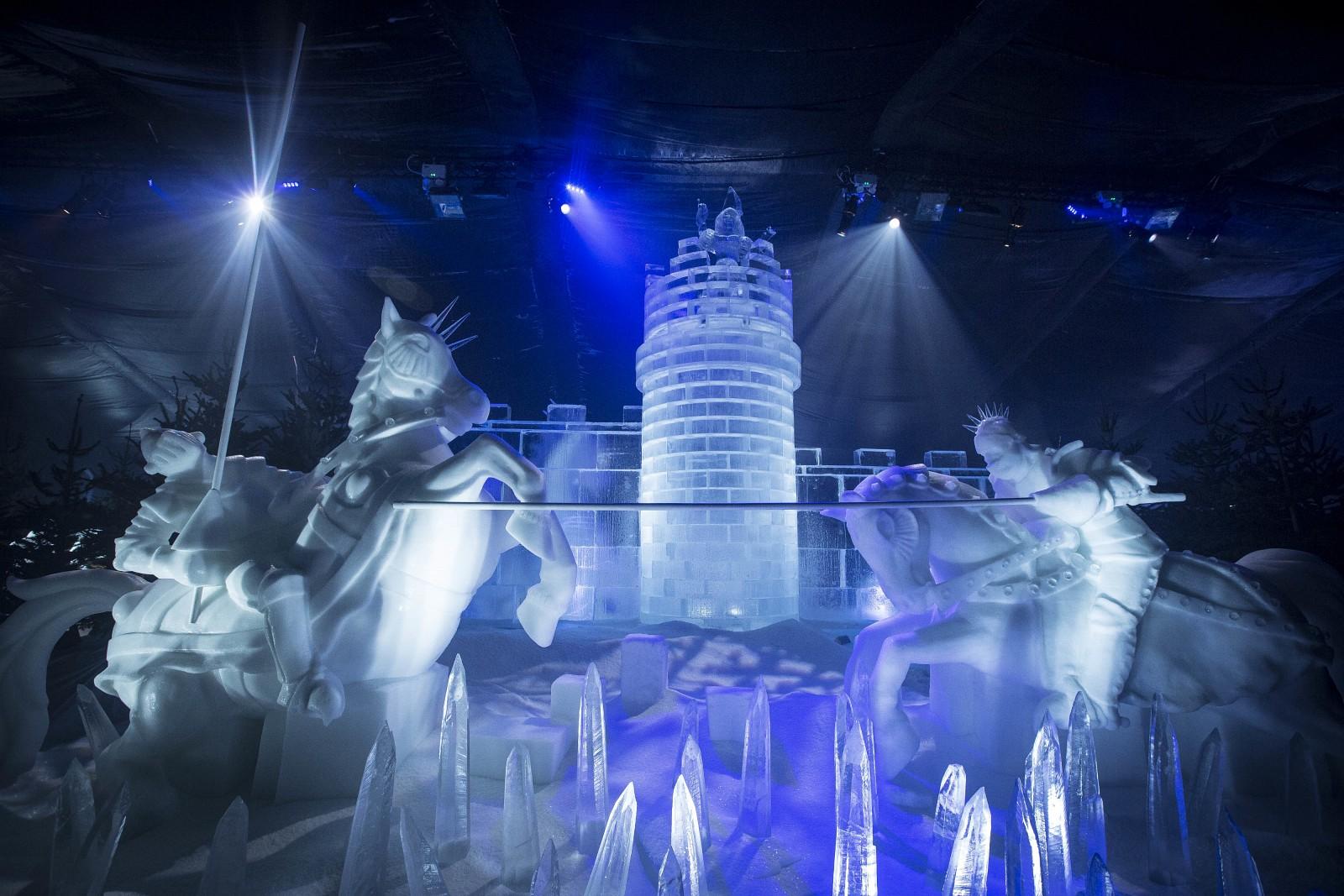 Le incredibili sculture di ghiaccio di Winter Wonderland.
