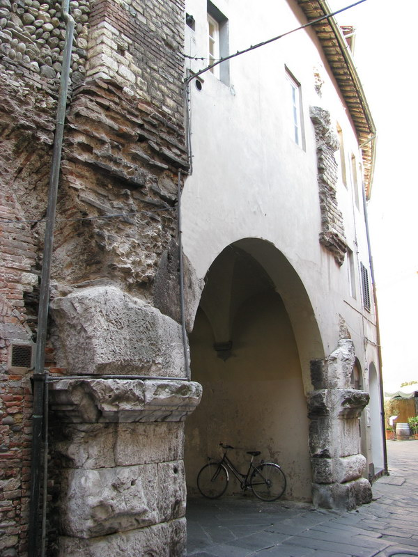 porta anfiteatro