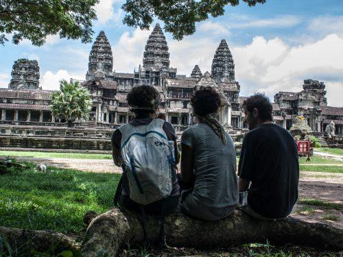 Border Cambodia – Trekking through Angkor's temples: a photo diary