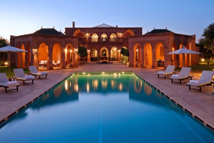 giramondo villa con piscina