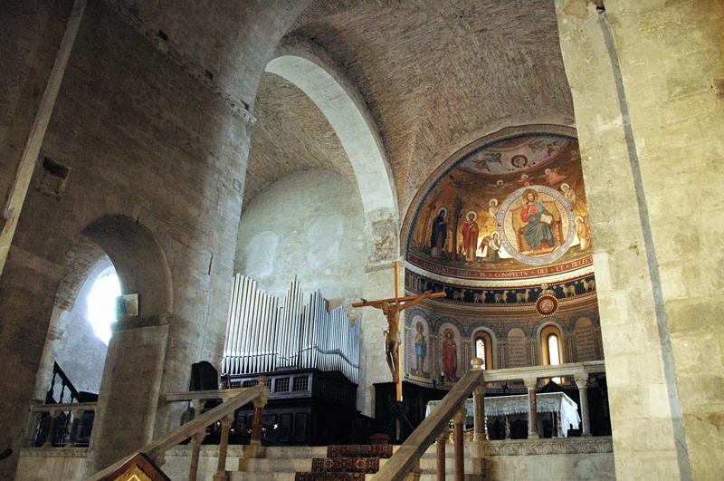 Duomo di Osimo Interno-001