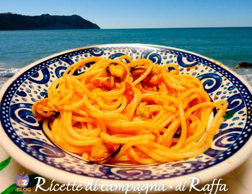 Spaghetti con i moscioli di Portonovo