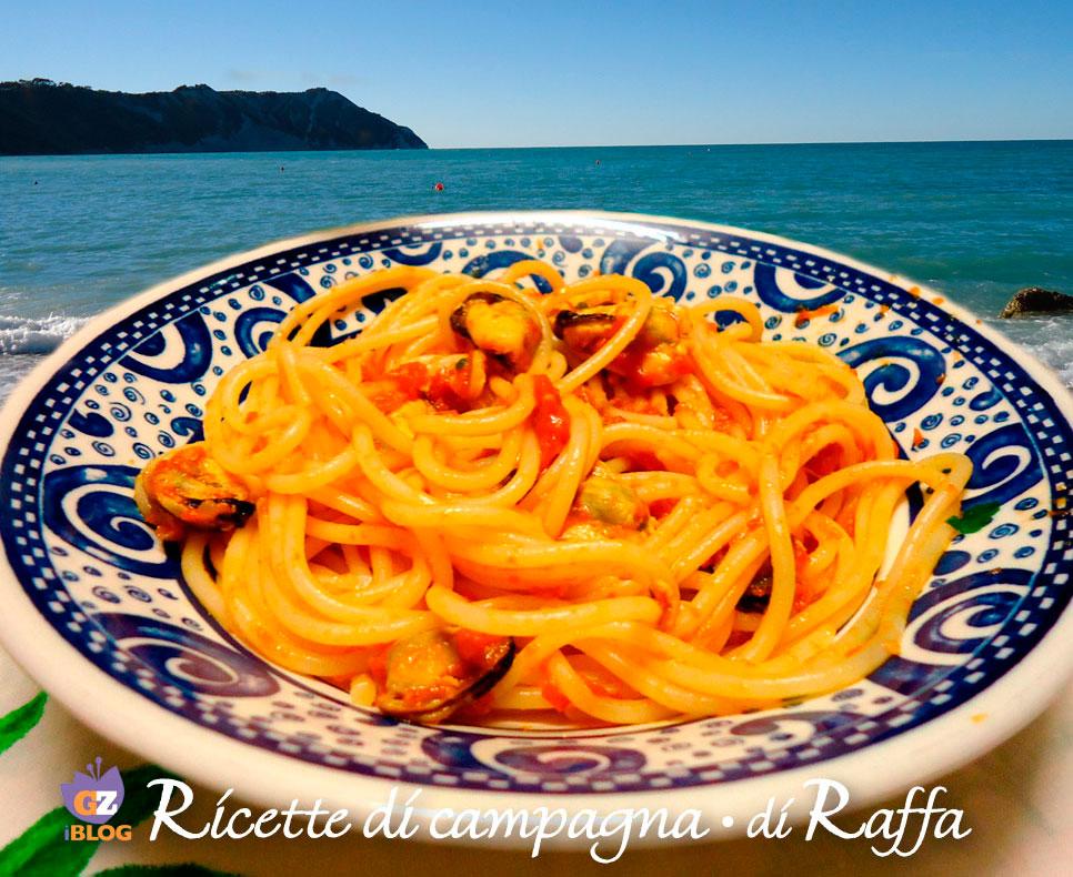 spaghetti con i moscioli di Portonovo - Original Marche