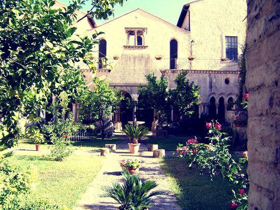 Fossanova: il Borgo e l'Abbazia a Priverno