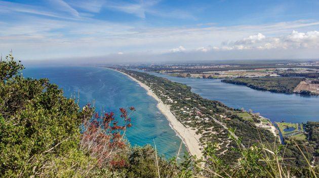 Spiaggia di Torre Paola a Sabaudia: come arrivare e foto