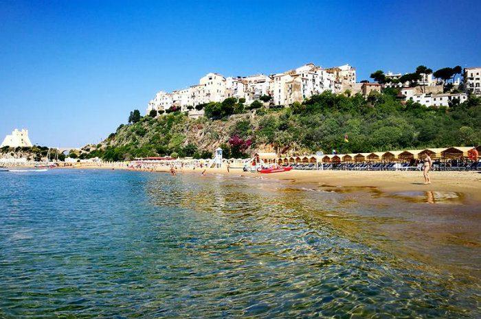 L'app per andare al mare a Sperlonga: come funziona e come prenotare la spiaggia libera