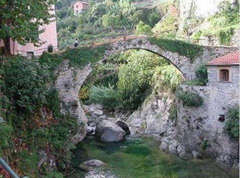 Rochetta Nervina il paese delle fiabe.