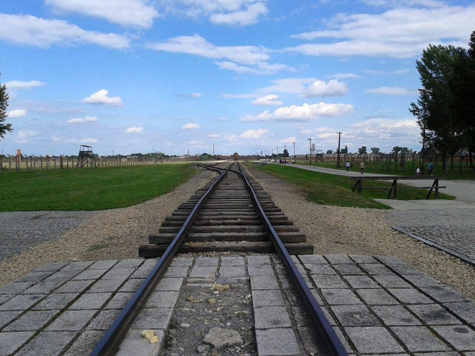 Auschwitz-Birkenau ingresso campo di sterminio