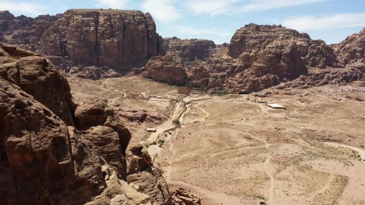Petra:- panorama da Al Madbah