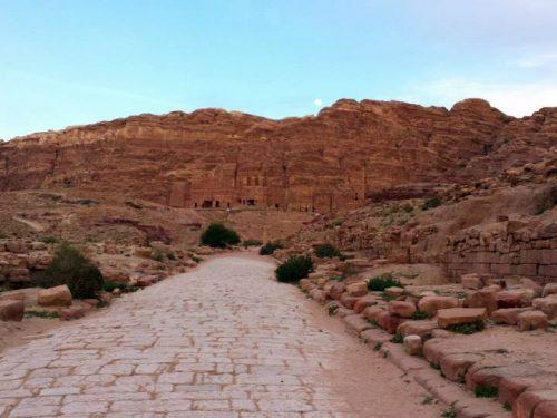 Petra: il tesoro nella roccia