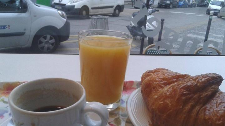 colazione a -Parigi-