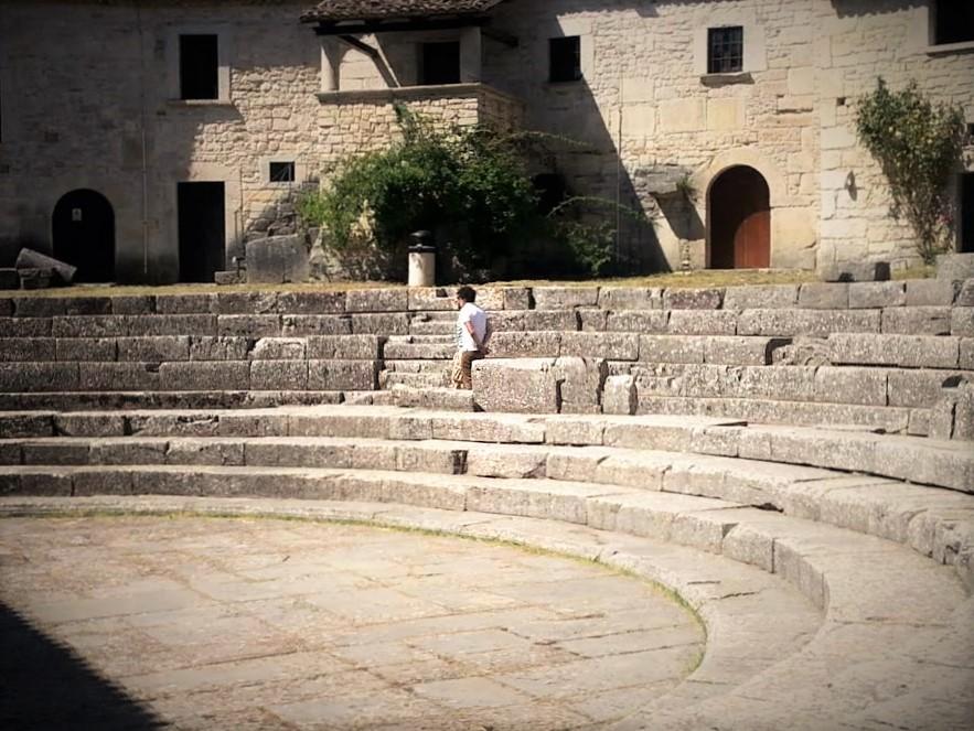 Sepino - teatro romano