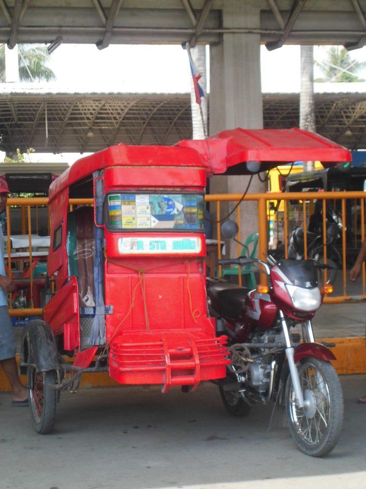 sidecar tricycle delle filippine in trasporti