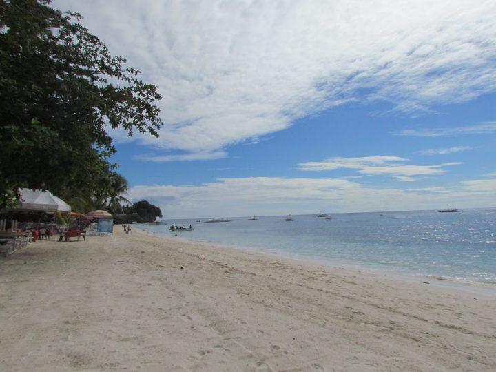 alona beach su cosa vedere sullisola di bohol