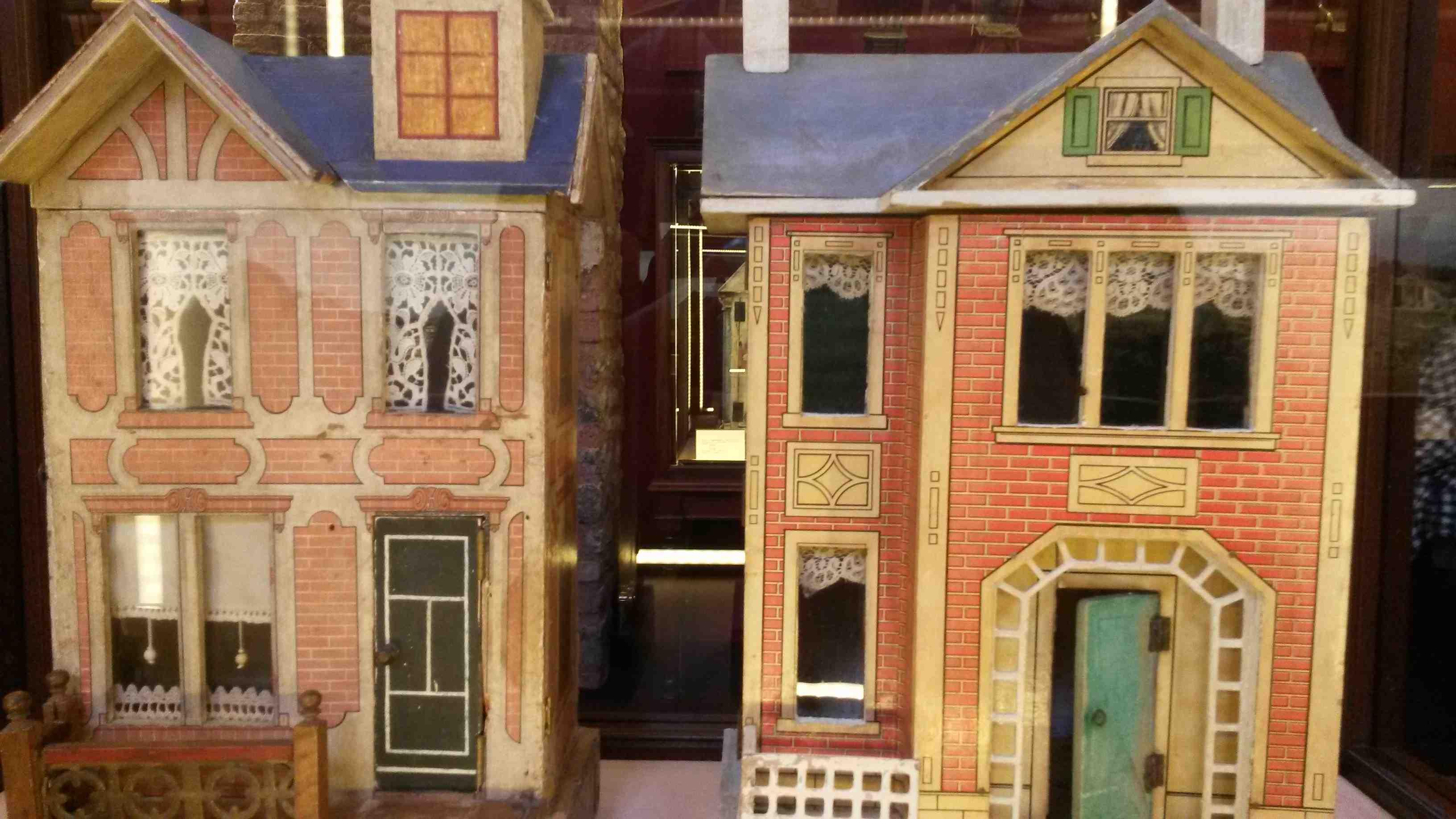 La casa delle bambole a scuola con la centoxcento - 3 part 3
