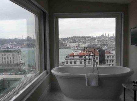 Gli alberghi di Istanbul, Vault a Karaköy