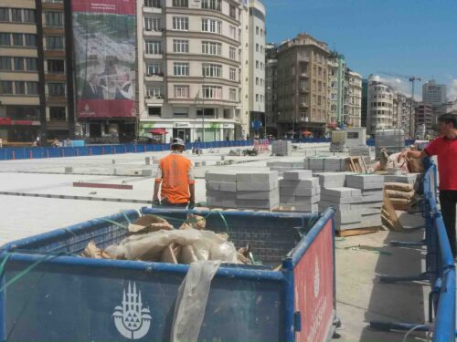 La nuova piazza Taksim (reprise)