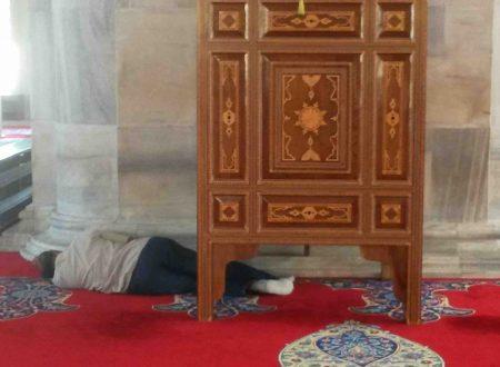 Dormire nelle moschee di Istanbul
