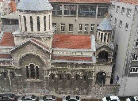 Le chiese di Istanbul, Surp Krikor Lusavoriç (a Galata)