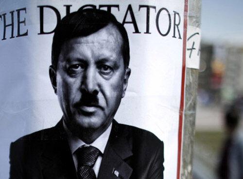 Erdoğan come Hitler