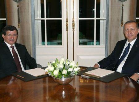 Erdoğan, Davutoğlu e il successore