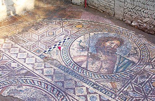 Il mosaico di Poseidone ad Aegae